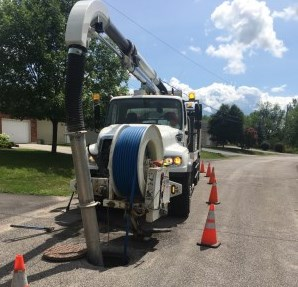Sanitary Sewer Flushing Truck