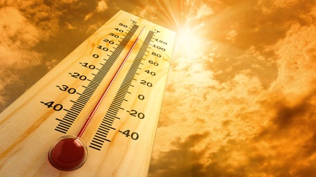 Thermometre indicating extreme heat