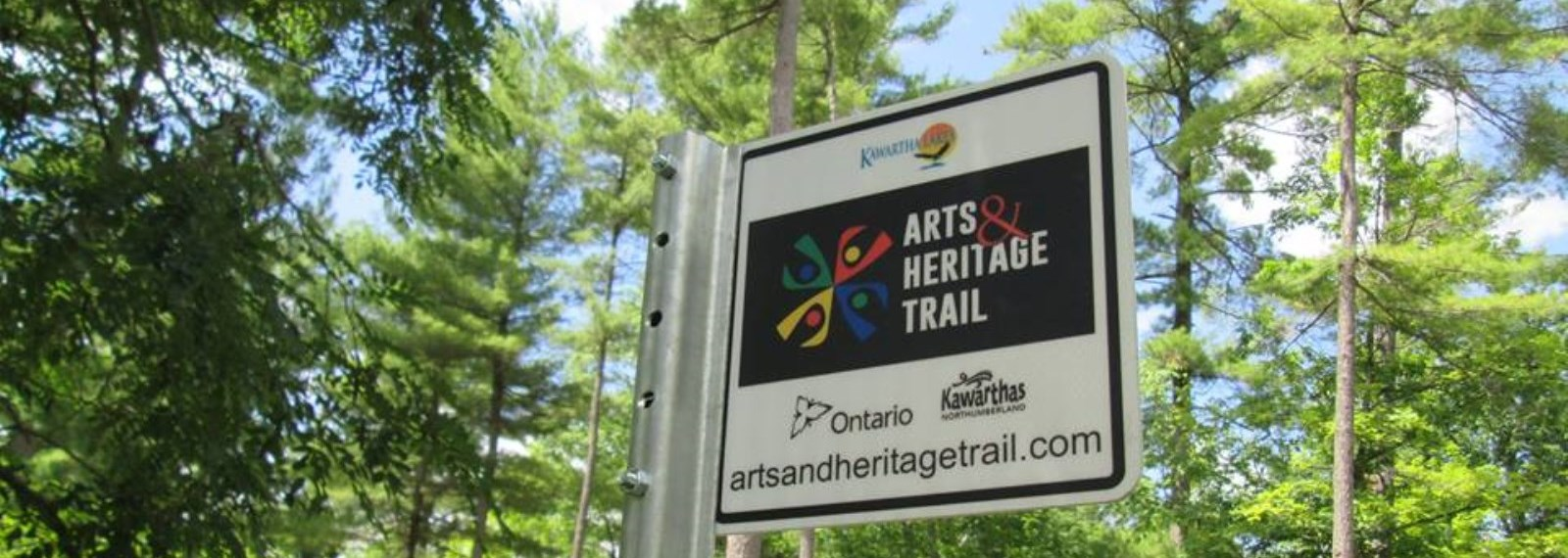 Kawartha Lakes Arts and Heritage Trail sign